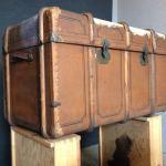 Vorher: Alter abgenutzter Koffer